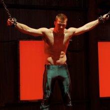Aquaman (Alan Ritchson) in una scena dell'episodio Patriot di Smallville