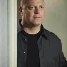 Michael Chiklis in una scena dell'episodio No Ordinary Accident di No Ordinary Family