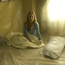 Julia Stiles in una scena dell'episodio Take It! di Dexter