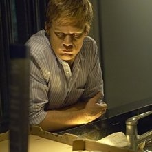 Michael C. Hall in una sequenza dell'episodio Take It! di Dexter