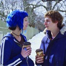 Michael Cera e Mary Elizabeth Winstead in un'immagine tenera del film Scott Pilgrim vs. the World