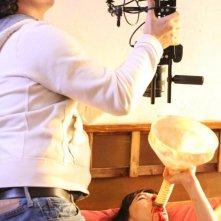 Crisula Stafida gira una sequenza shock de Il marito perfetto, regia di Lucas Pavetto