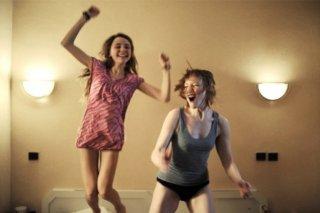 Nina Rodriguez con Julie-Marie Parmentier, protagoniste di No et moi