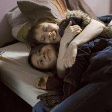 Nina Rodriguez e Julie-Marie Parmentier nel film No et moi