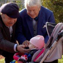 Banfi e Toffolo nonni nella fiction Tutti i padri di Maria
