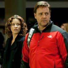 Elizabeth Banks e Russell Crowe moglie e marito per il film The Next Three Days