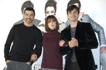 Luca Argentero, Alessandro Gassman e Valentina Lodovini presentano la commedia La donna della mia vita