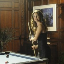 Keri Russell in Running Wilde nell'episodio Mental Flaws