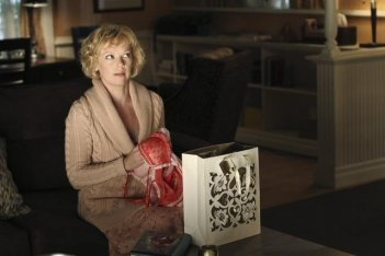 Emily Bergl nell'episodio You Must Meet My Wife di Desperate Housewives