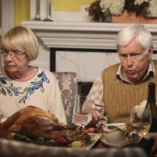 Kathryn Joosten ed Orson Bean nell'episodio Sorry Grateful di Desperate Housewives