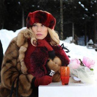 Nancy Brilli nel film A Natale mi sposo
