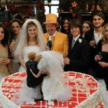 Un'immagine corale dal film A natale mi sposo con Massimo Boldi