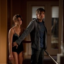 Ashley Greene e Sebastian Stan in The Apparition