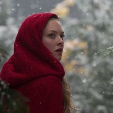 Un bel primo piano di Amanda Seyfried in Red Riding Hood