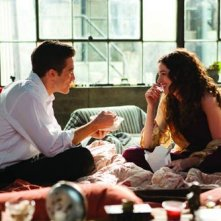 Anne Hathaway e Jake Gyllenhaal nel film Love and Other Drugs