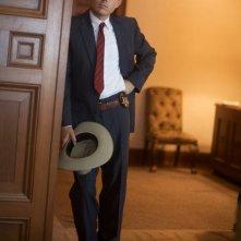 Il minaccioso Casey Affleck in una scena del film The Killer Inside Me
