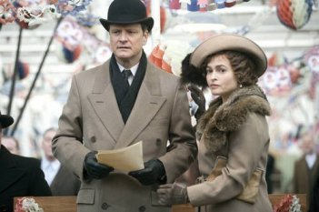 Colin Firth con Helena Bonham Carter in ruoli regali per il film The King's Speech