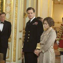 Geoffrey Rush,Colin Firth ed Helena Bonham Carter in una scena del film The King's Speech