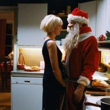 Ingunn Beate Øyen e Trond Fausa Aurvaag nel film Tornando a casa per Natale
