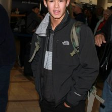 BooBoo Stewart arriva all'aeroporto di Los Angeles per andare in Louisiana a girare il prossimo film di 'Twilight'