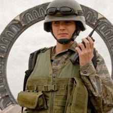 Il Tenente Vanessa James (Julia Anderson) in una scena dell'episodio Malice di Stargate Universe