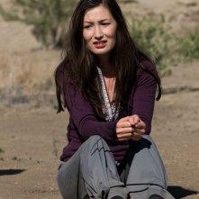 Lisa Park (Jennifer Spence) legata in una scena dell'episodio Malice di Stargate Universe