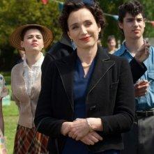 Kristin Scott Thomas è la zia Mimi nel film Nowhere Boy