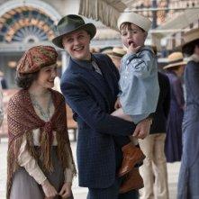 Aleksa Palladino e Michael Pitt in una scena dell'episodio The Emerald City di Boardwalk Empire