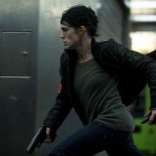 Il capitano Anaïs Susini (Claire Perot) corre nel thriller À bout portant