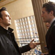Matthew Morrison e Cheyenne Jackson in una scena dell'episodio Special Education di Glee