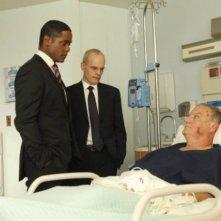Blair Underwood, Zeljko Ivanek e Bill Smitrovich nell'episodio Everything Will Change di The Event