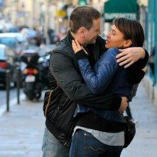 Bruno (Benoît Magimel) e Anna (Léonie Simaga) in un momento romantico del film Mon pote