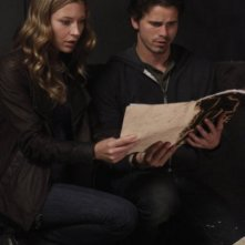 Sarah Roemer e Jason Ritter nell'episodio Everything Will Change di The Event