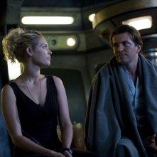 Alaina Kalanj e Tygh Runyan in una scena dell'episodio Visitation di Stargate Universe