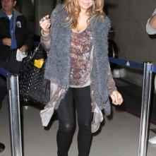 Fergie prende un volo all'aeroporto di Los Angeles