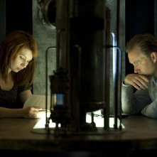 Rachel (Michelle Harrison) e Morrison (Vincent Gale) nell'episodio Visitation di Stargate Universe
