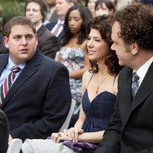 Jonah Hill con Marisa Tomei e John C. Reilly nel film Cyrus