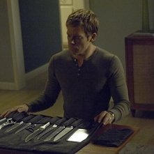 Michael C. Hall in una scena dell'episodio In the Beginning della quinta stagione di Dexter