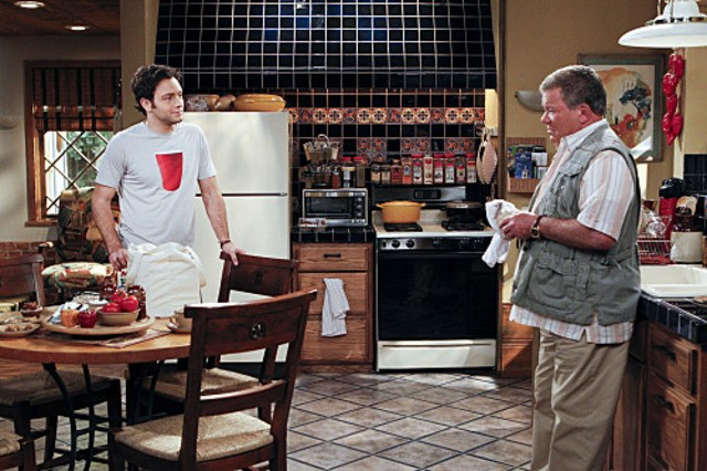 William Shatner E Jonathan Sadowski In My Dad Says Nell Episodio The Manly Thing To Do 185931