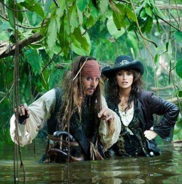 Johnny Depp e Penelope Cruz inPirati dei Caraibi 4: Oltre i confini del mare