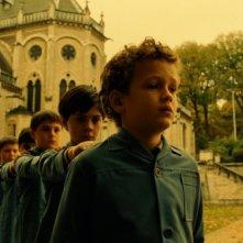 Noé Boon in una scena del film L'esplosivo piano di Bazil