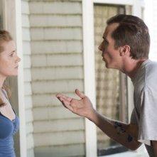 Amy Adams e Christian Bale nel film The Fighter