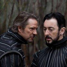 Chris Cooper e Alan Cumming  in un'immagine del film The Tempest