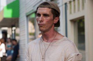 Christian Bale in un'immagine molto intensa del film The Fighter