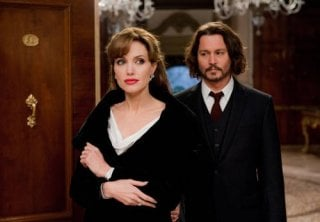 Johnny Depp e Angelina Jolie, protagonisti del thriller The Tourist