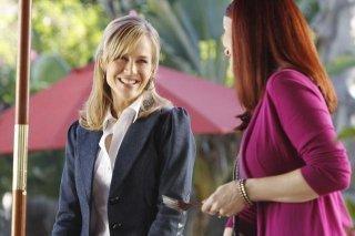 Julie Benz ed Annie Wersching nell'episodio No Ordinary Friends di No Ordinary Family