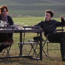 Laura Morante e Renato Marchetti in una scena del film La bellezza del somaro