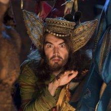 Russell Brand in una scena del film The Tempest