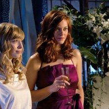 Courtney Whitmore (Brittney Irvin) e Tess (Cassidy Freeman) nell'episodio Icarus di Smallville