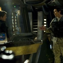 Justin Louis e Lou Diamond Phillips in una scena dell'episodio Resurgence di Stargate Universe
